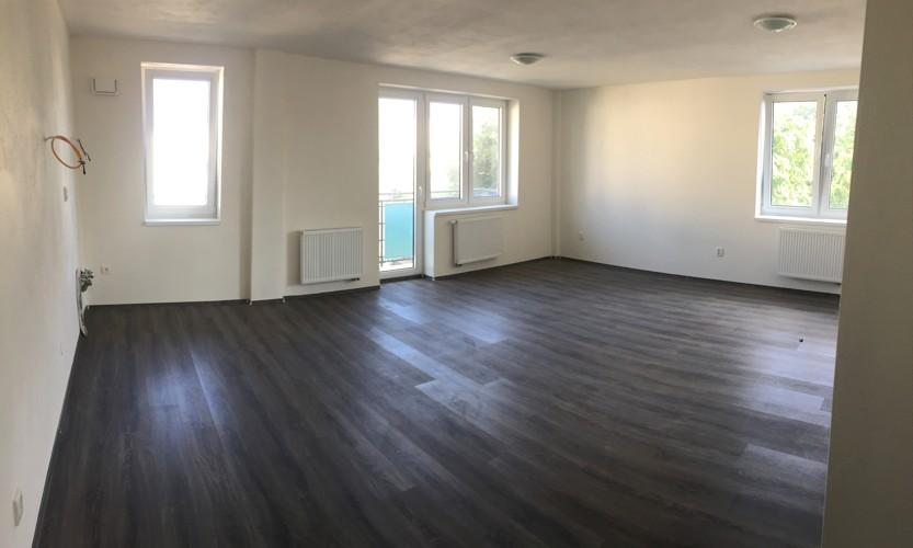 NOVOSTAVBA 2 izbový byt 64,50 m2 + balkón + terasa 18,05 m2 (spolu 82,50 m2) centrum Galanta 99.000 €
