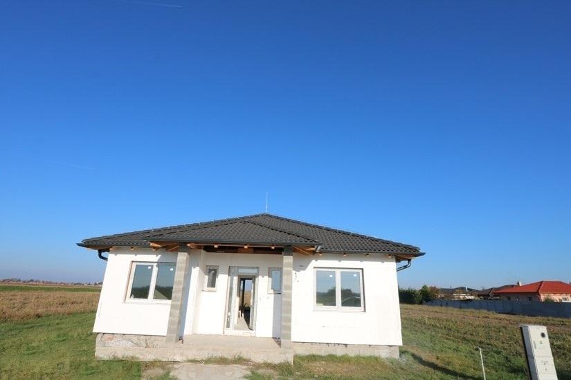 NOVOSTAVBA 4 izbový rodinný dom (159 m2) pozemok 600 m2, Čierny Brod Košúty