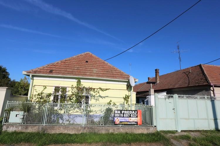 3 izbový rodinný dom 160 m2 v obci Malá Mača na veľkom pozemku 1763 m2