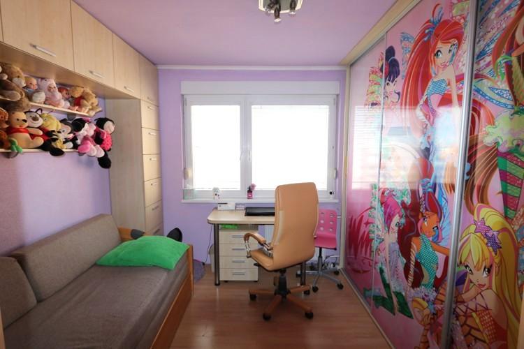 NOVINKA! Zrekonštruovaný 3 izbový byt, 71 m2, 5/5, zasklený balkón. Galanta, sídl.SNP 88.000 €