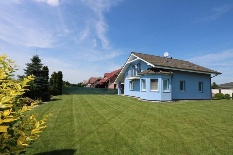 5 izbový rodinný dom NOVOSTAVBA s garážou, obytná p. 180 m2 pozemok 840 m2, Galanta, časť Kolónia