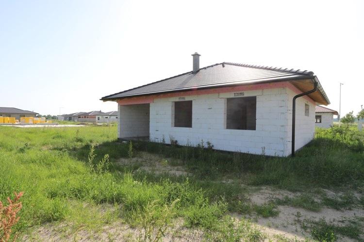 NOVOSTAVBA 4 izbový rodinný dom 136 m2 na pozemku 608 m2, Sládkovičovo