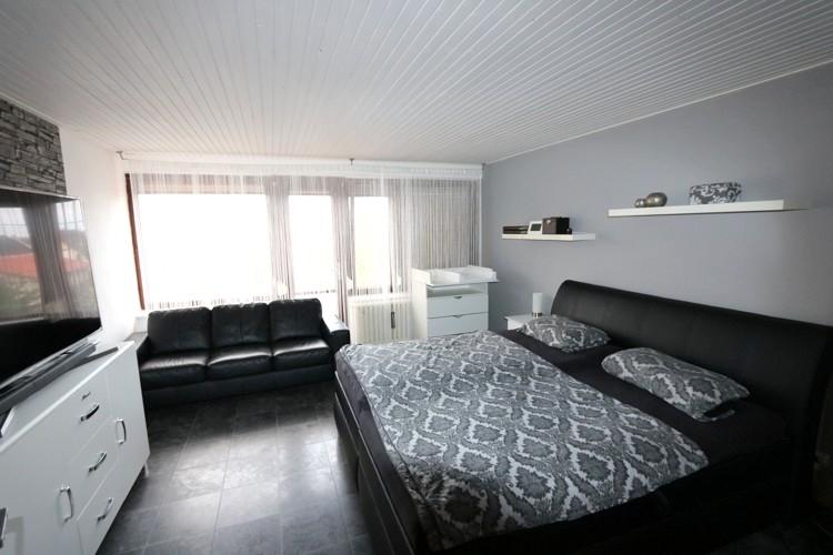 5 izbový poschodový rodinný dom priamo v meste Galanta.