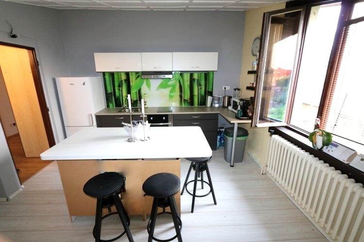 NOVÁ CENA 157.000 €! 5 izbový poschodový rodinný dom priamo v meste Galanta.