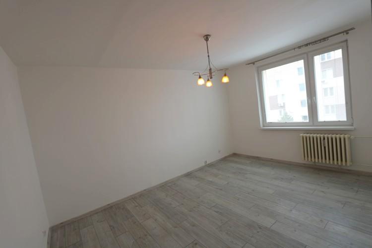 NOVÁ CENA 53.500 € 1 izbový zrekonštruovaný byt Galanta (ul. Česká)