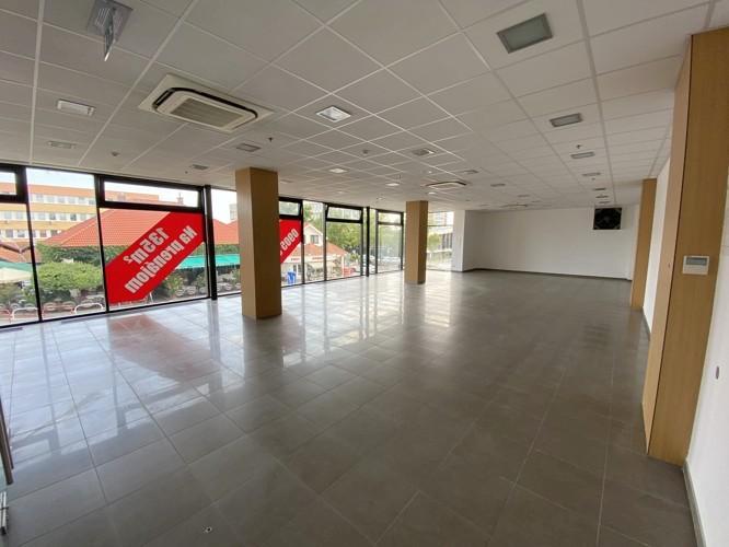 Obchodný priestor 135,87 m2 v centre mesta Galanta, novostavba JAS PARK – 1.poschodie