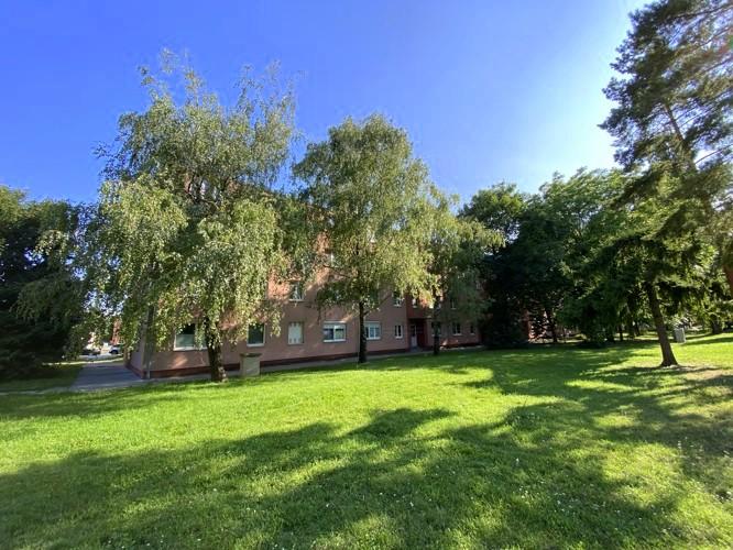 3 izbový byt 62 m2 s loggiou obklopený zeleňou, 0/3. Galanta, Z.Kodálya